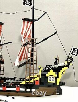 LEGO Pirates I Black Seas Barracuda 6285 Very Rare