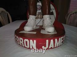 Lebron James ROY AWARD 3 FOOT Bobblehead 2003/04 #8 of #23 set RARE VERY RARE