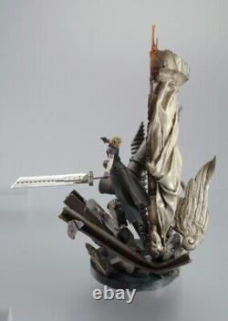 VERY RARE SET Final Fantasy 7 Advent Children Cloud vs Sephiroth Polystone