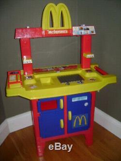 VINTAGE Mcdonalds Drive Thru Playset Pretend Play Set Sounds VERY RARE
