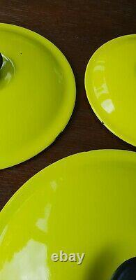 Very rare Le Creuset Five Pan Set green Cast Iron Round pans Pots With Lids