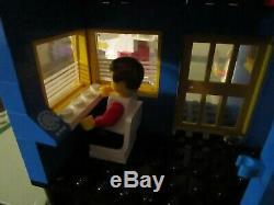 Vintage (1984) LEGO Town set 6391 Cargo Center VERY RARE