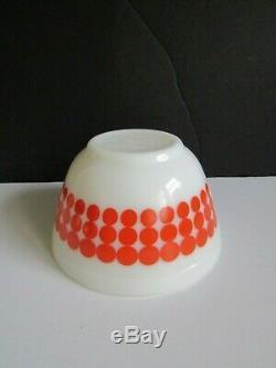 Vtg 1967 Pyrex Polka Dot Nesting Bowls Complete Set of 4 RARE & VERY NICE