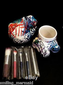 Bonjour Kitty Graffiti 5 Brosse Set Holder Tres Rare Édition Limitée Nouveau Dans La Boîte