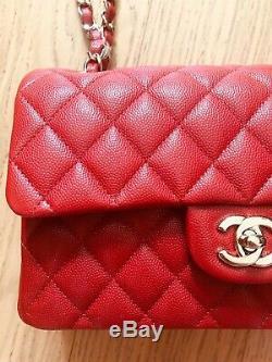 Chanel Très Rare 19b Rouge Caviar Petit Sac À Rabat Classique Nouveau Jeu Complet De Marque