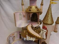 Disney Store Petite Sirène Ariel & Eric Castle Jouer + Princesse Set Très Rare