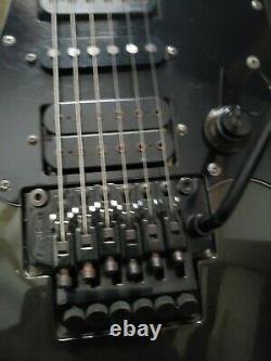 Fender Heartfield Talon Guitare Très Rare. Floyd Rose. Je Viens De Mettre En Place