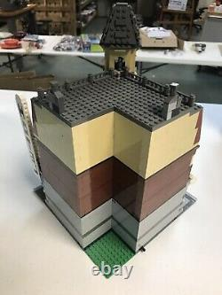Lego Cafe Corner 10182 Série Modulaire Utilisé 100% Complet Très Rare