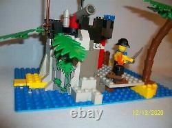 Lego Set 1788 Pirate Treasure Vintage Pirate 100% Complet Très Rare