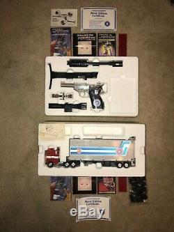 Très Rare 1986 Transformateurs Hasbro-away Courrier Set Optimus Prime Et Megatron