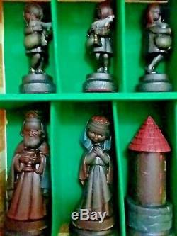 Très Rare! Anri Toriart Juvénile Par Juan Ferrandiz Painted Chess Set (1970-1974)