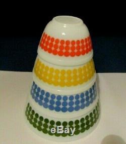 Vtg 1967 Pyrex Polka Dot Nesting Bowls Jeu Complet De 4 Rare & Tres Belle